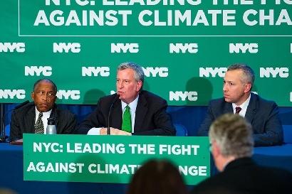 Nueva York lleva al banquillo a las petroleras
