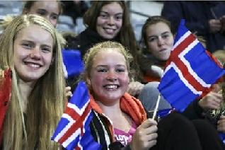 Islandia declara ilegal la brecha salarial por género