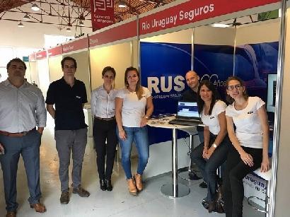 RUS dio el presente en la Feria de Empleo Joven de Paraná