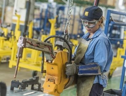 Renault sigue reduciendo la brecha de género