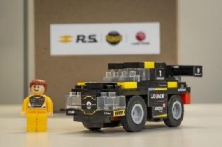 """Renault pisa a fondo con """"El Auto del Campeón"""""""